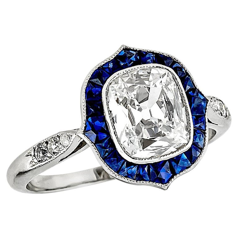 Cushion Cut Diamond and Sapphire Ring For Sale