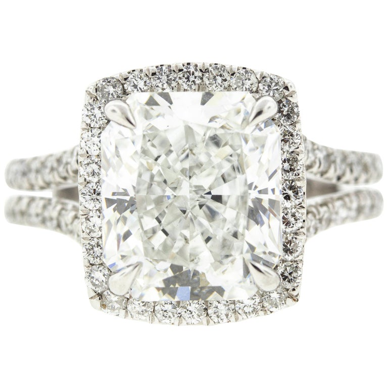 Cushion Cut Diamond Ring with Halo 'GIA Certified' For Sale