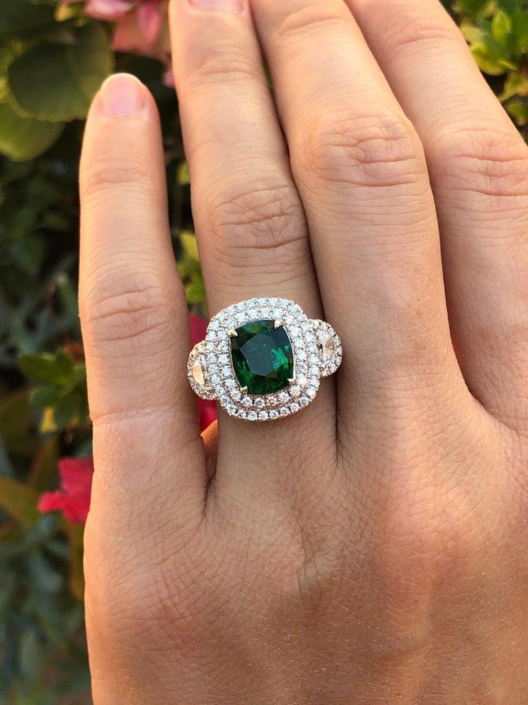 Women's Cushion Cut Emerald Ring 2.77 Carats For Sale