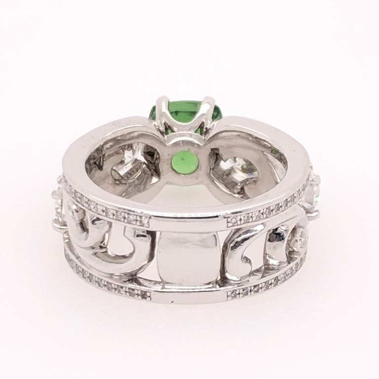 Cushion Cut Green Tsavorite and Diamond White Gold Ring In New Condition For Sale In Dallas, TX