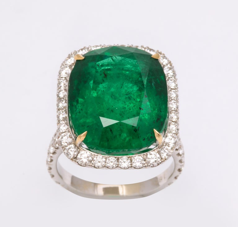 Cushion Cut Vivid Green Emerald and Diamond Ring For Sale 1