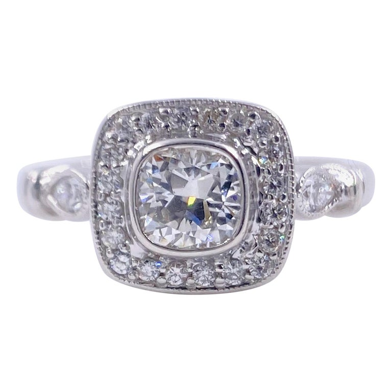 Cushion Diamond Engagement Ring 1.20 Carat 18 Karat White Gold For Sale