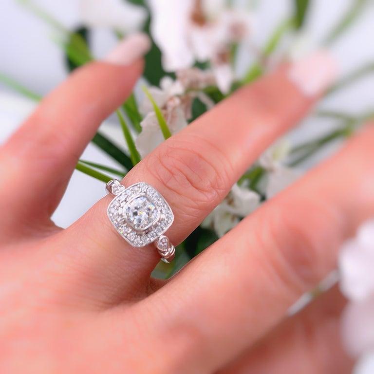 Cushion Diamond Engagement Ring 1.20 Carat 18 Karat White Gold For Sale 6