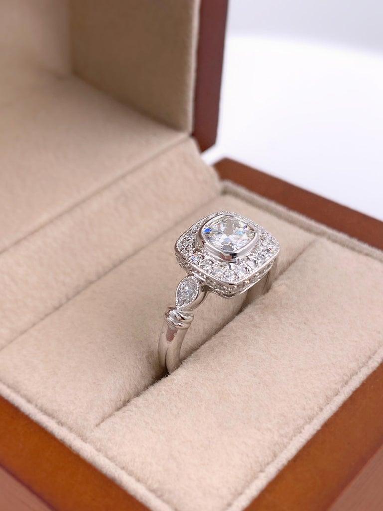 Cushion Diamond Engagement Ring 1.20 Carat 18 Karat White Gold For Sale 1