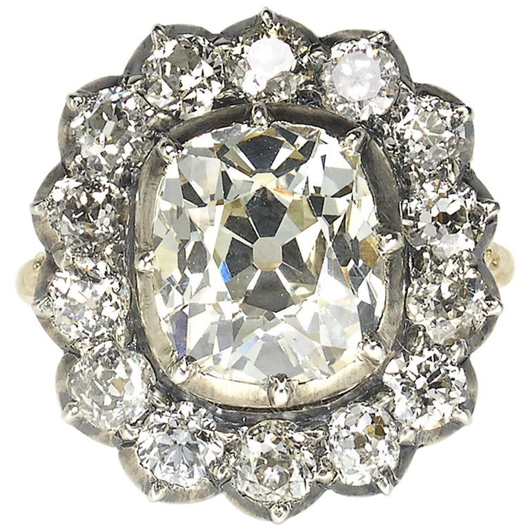 Cushion Diamond Silver-Upon-Gold Cluster Ring 4.18 Carat For Sale