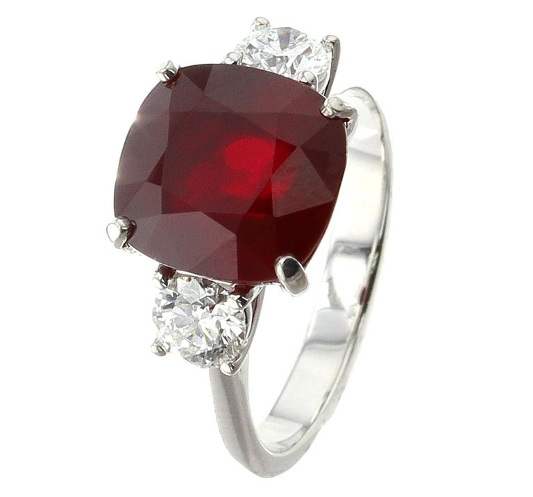Cushion Mozambique Ruby Ring with Round Diamonds In New Condition For Sale In New York, NY