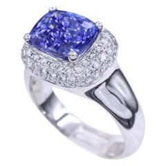 Cushion Rectangle Shape Tanzanite 3.64 Carat and Diamond Ring 18 Karat Gold
