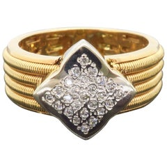 Custom 18 Karat Yellow Gold Diamond Clover Ring