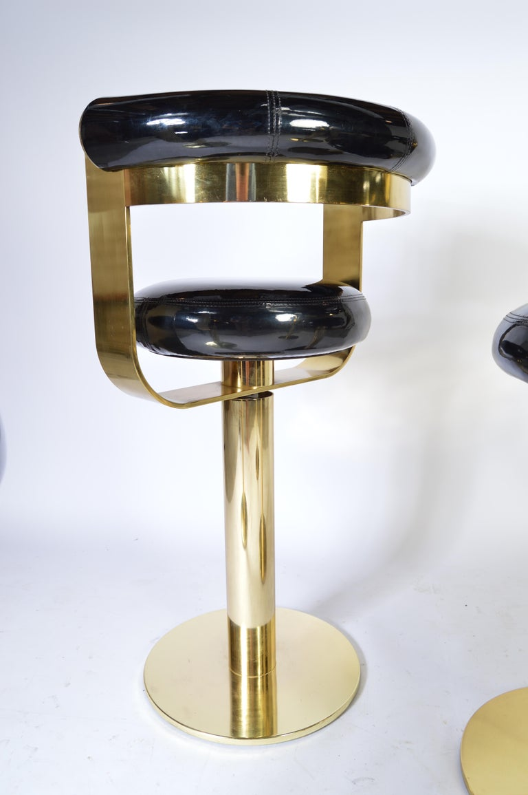 Custom Brass Counter Bar Stools in the Manner of Design For Leisure, circa 1970 In Excellent Condition For Sale In Southampton, NJ