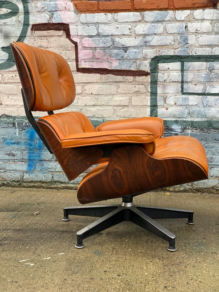 Custom Eames Lounge Chair and Ottoman in Burnt Orangr For Sale 3