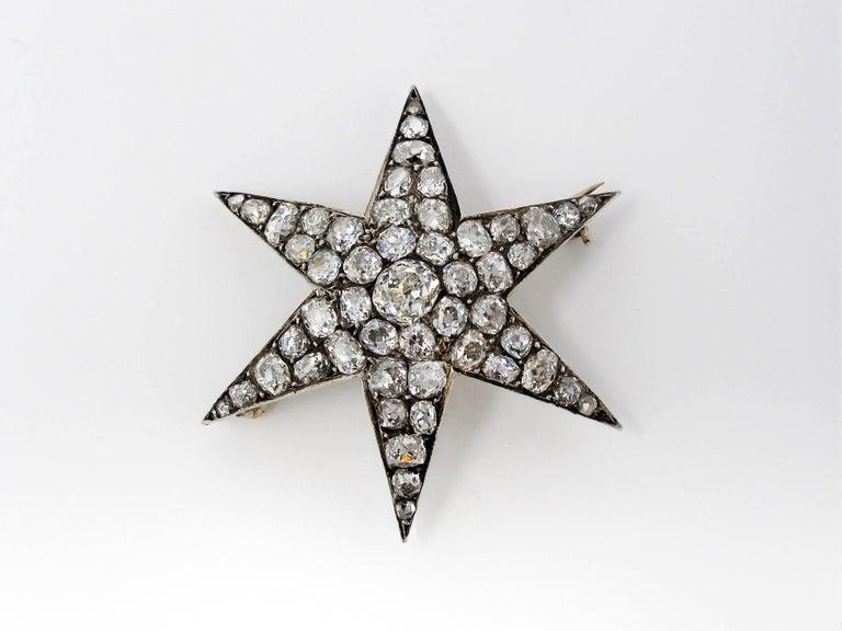 Custom Handmade Victorian 7.05 CTW Diamond Star Brooch / Pendant Gold & Sterling For Sale 4