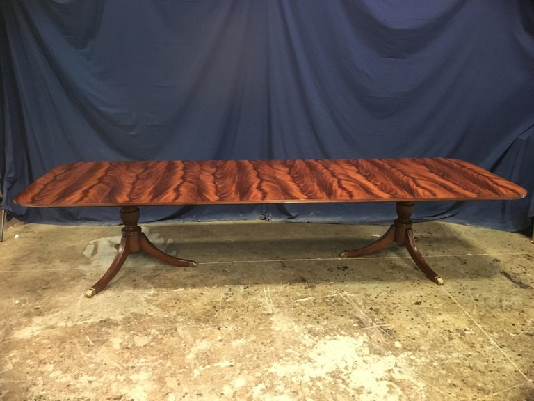 Custom Leighton Hall Traditional Mahogany Pedestal Dining Table For Sale 4