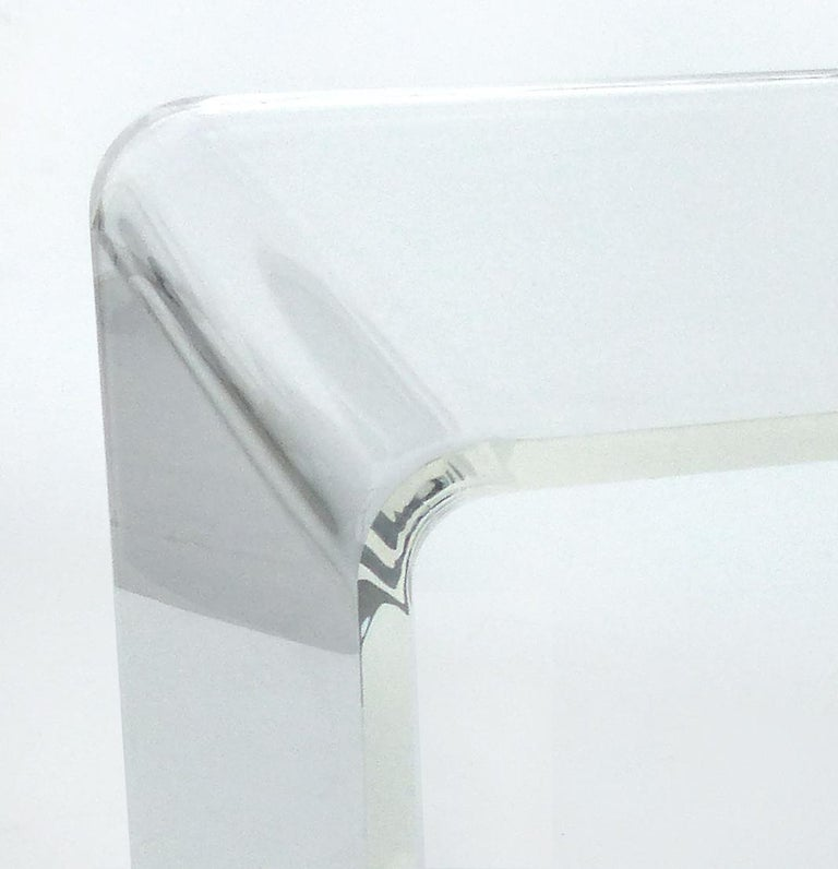 Custom Lucite Waterfall Table or Bench with Curved Sides In New Condition In Miami, FL