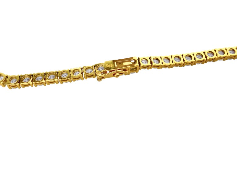 Custom Made 28.50 Carat VVS Diamond Tennis Necklace 14 Karat Yellow Gold In New Condition For Sale In Miami, FL