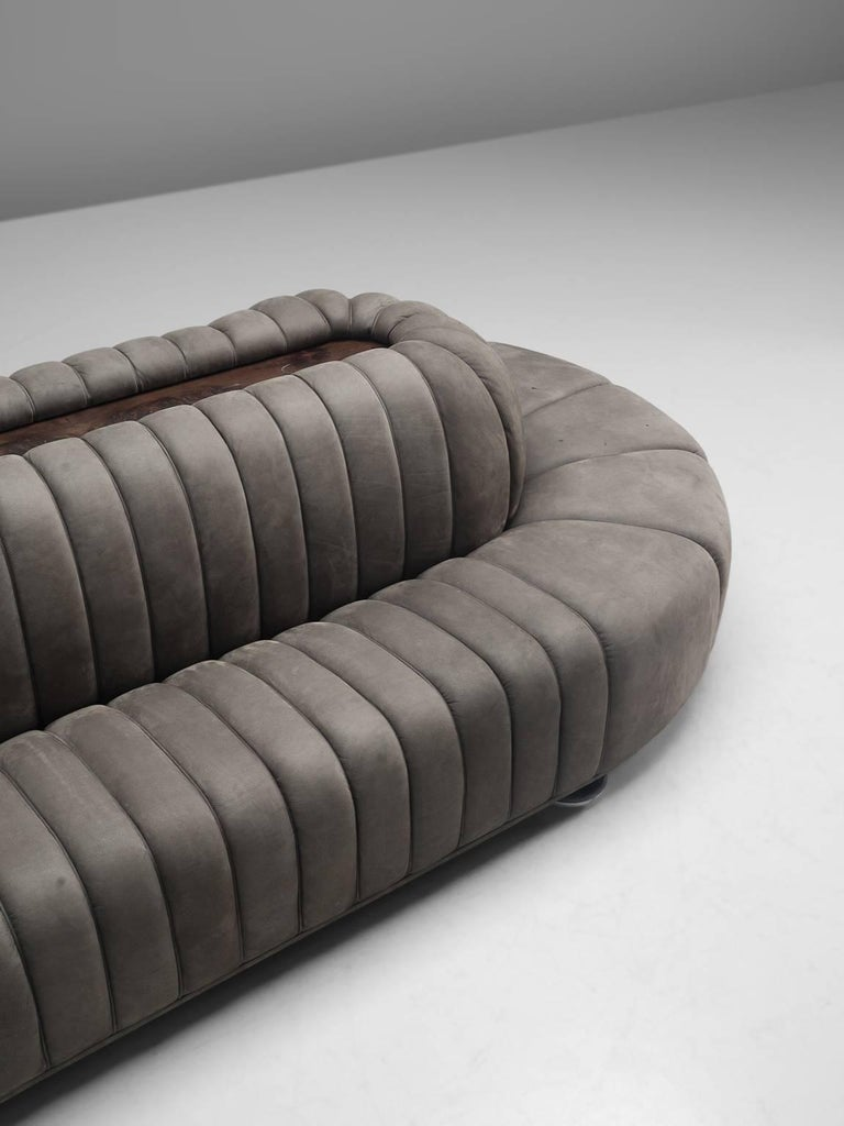Custom-Made Luxurious Wittmann Sofa in Anthracite Leather For Sale 2