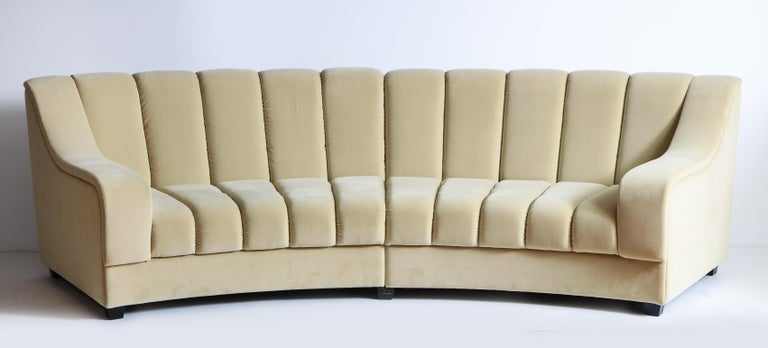 Segmented Curved Sofa in the Style of Desede in Imported Beige Velvet, Italy For Sale 5