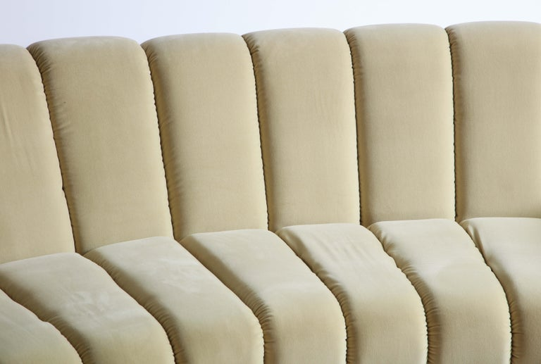Segmented Curved Sofa in the Style of Desede in Imported Beige Velvet, Italy For Sale 7