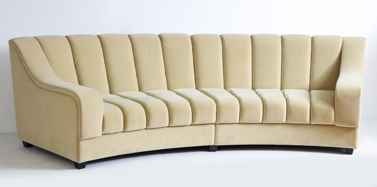 Segmented Curved Sofa in the Style of Desede in Imported Beige Velvet, Italy For Sale 9