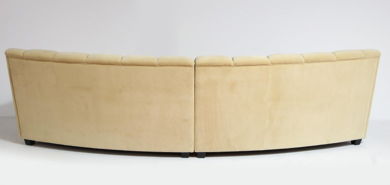 Segmented Curved Sofa in the Style of Desede in Imported Beige Velvet, Italy For Sale 11