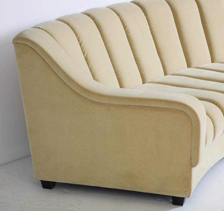 Segmented Curved Sofa in the Style of Desede in Imported Beige Velvet, Italy For Sale 1