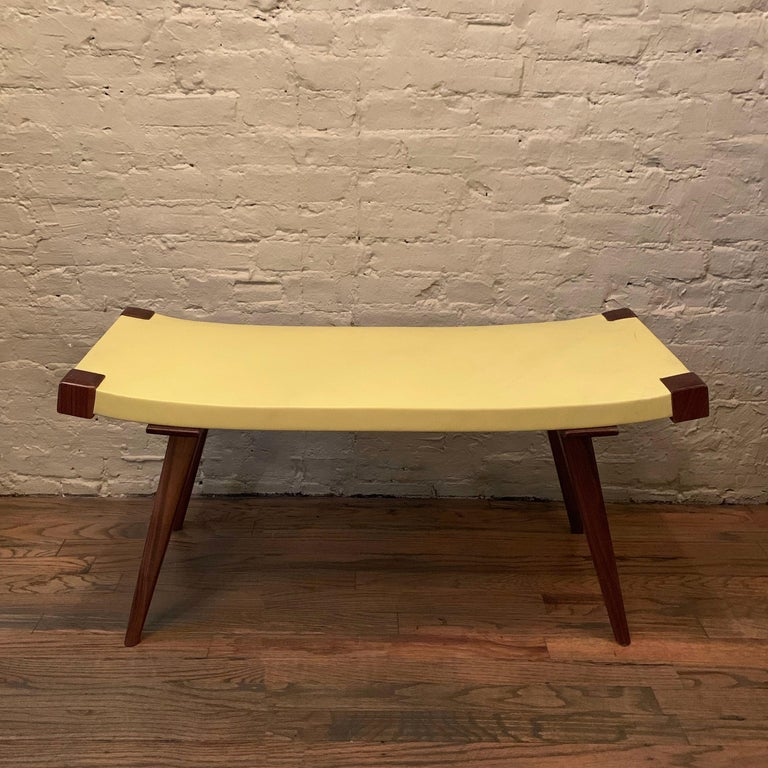 Custom Mid-Century Modern Style Leather Bench In Excellent Condition For Sale In Brooklyn, NY