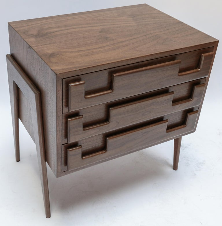 Custom Midcentury Style Walnut Nightstands with Three Drawers by Adesso Imports In New Condition For Sale In Los Angeles, CA