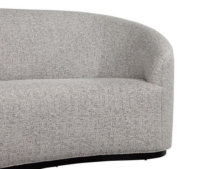 Custom Modern Curved Sofa in Grey Textured Linen For Sale 3