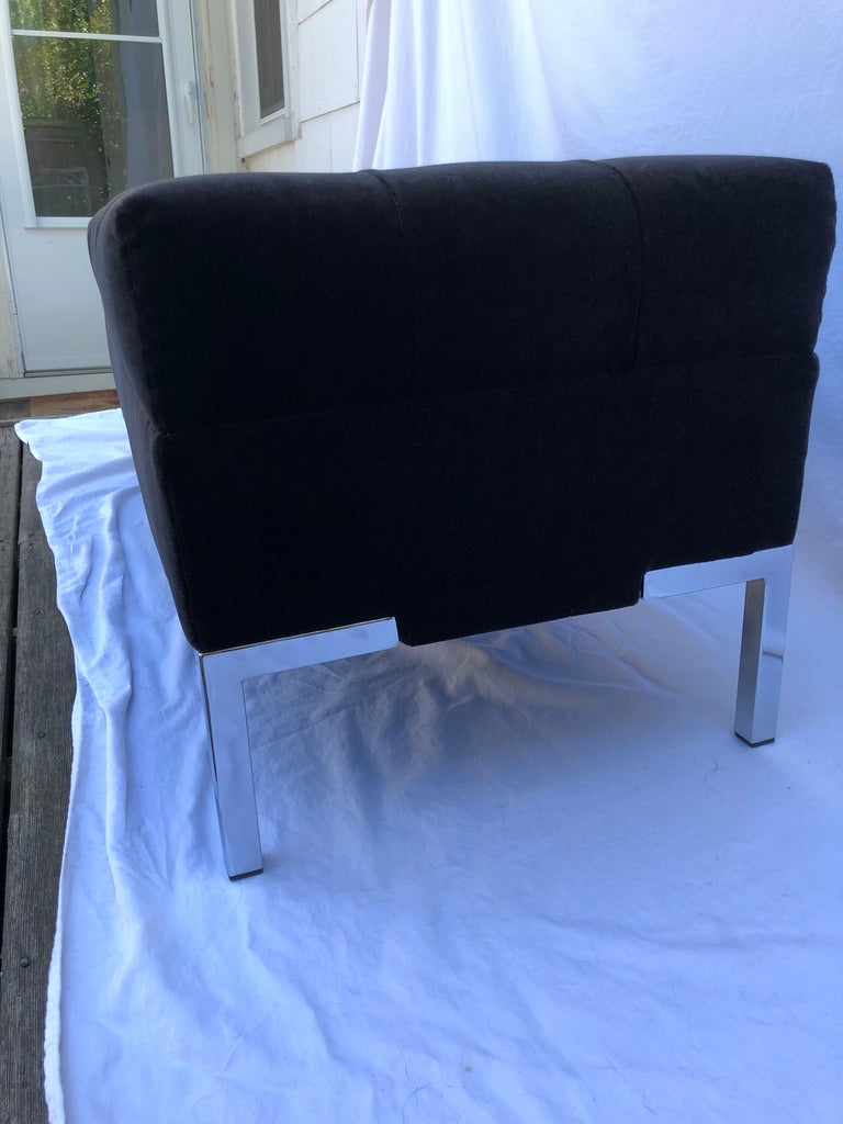 Custom Mohair Bench In Excellent Condition For Sale In New York, NY