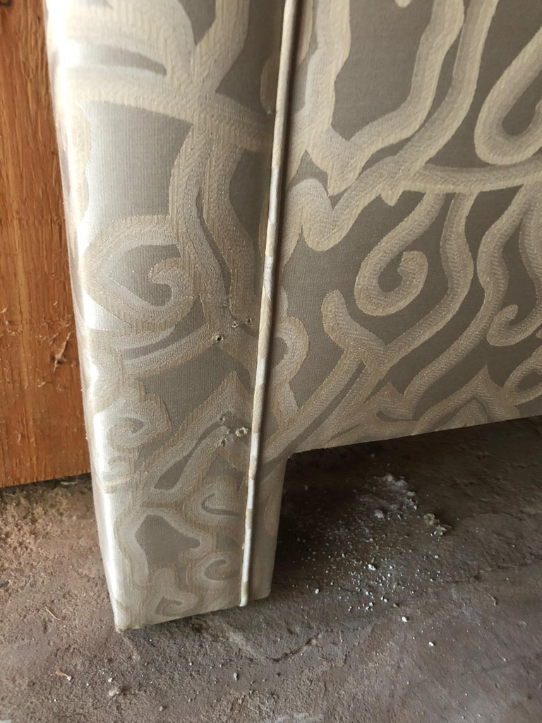 Custom Never Used Plush Upholstered Queen Headboard In Excellent Condition For Sale In Hopewell, NJ