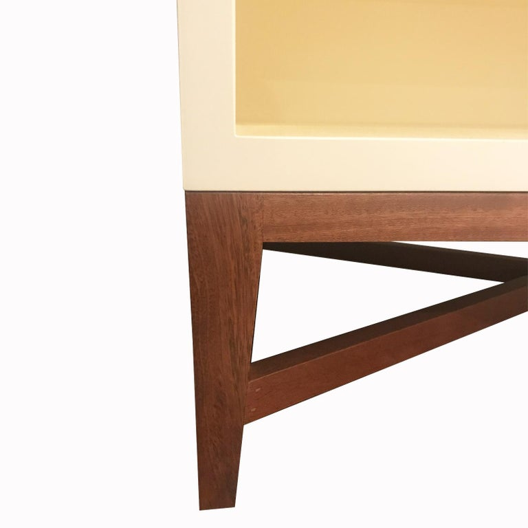 Custom Nightstand or Side Table in Cream Lacquer Finish and Walnut Legs In New Condition For Sale In New York, NY