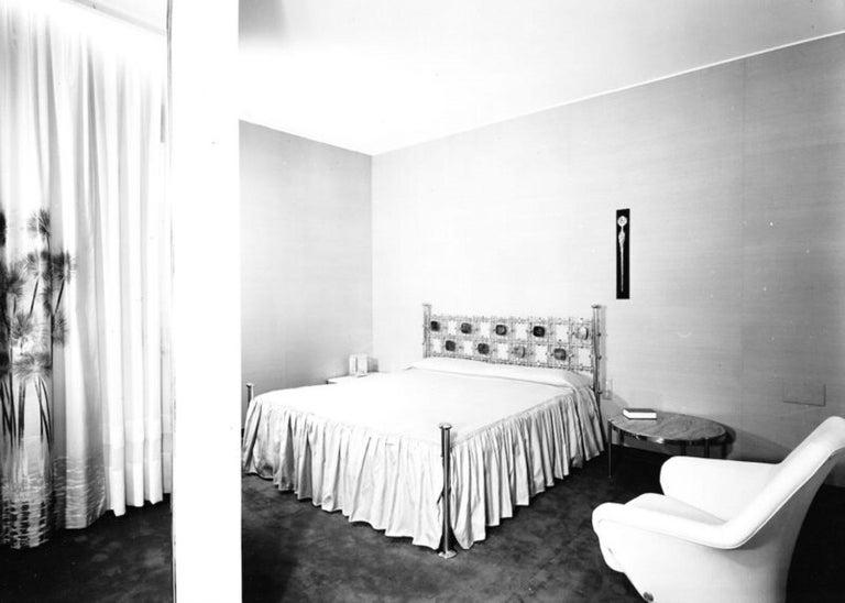 Custom Order Osvaldo Borsani Bed with a Series of 9 Enameled Sculptures, 1958-60 For Sale 11