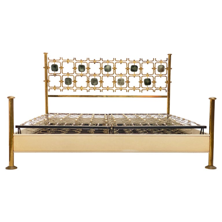 Custom Order Osvaldo Borsani Bed with a Series of 9 Enameled Sculptures, 1958-60 For Sale