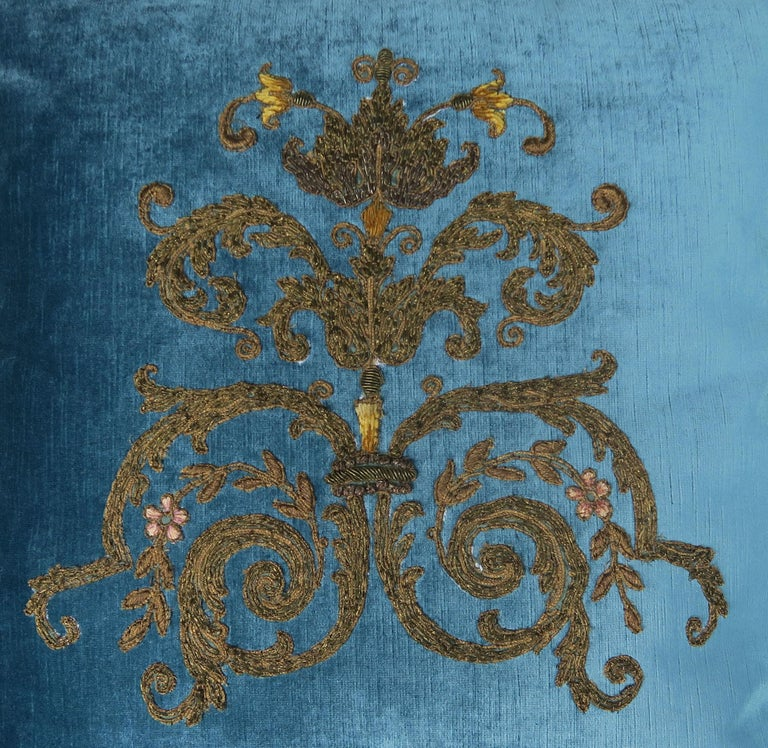 Custom Pillows with 19th Century Gold Metallic Appliqués by Melissa Levinson In Excellent Condition For Sale In Los Angeles, CA