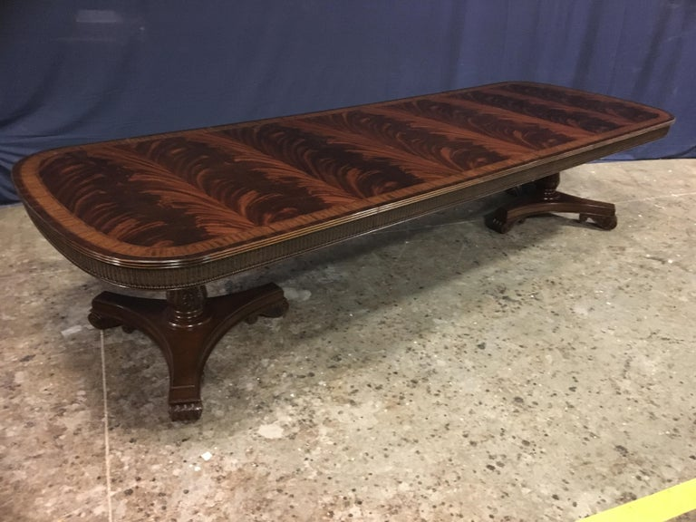 Custom Regency Style Mahogany Dining Table by Leighton Hall In New Condition For Sale In Suwanee, GA