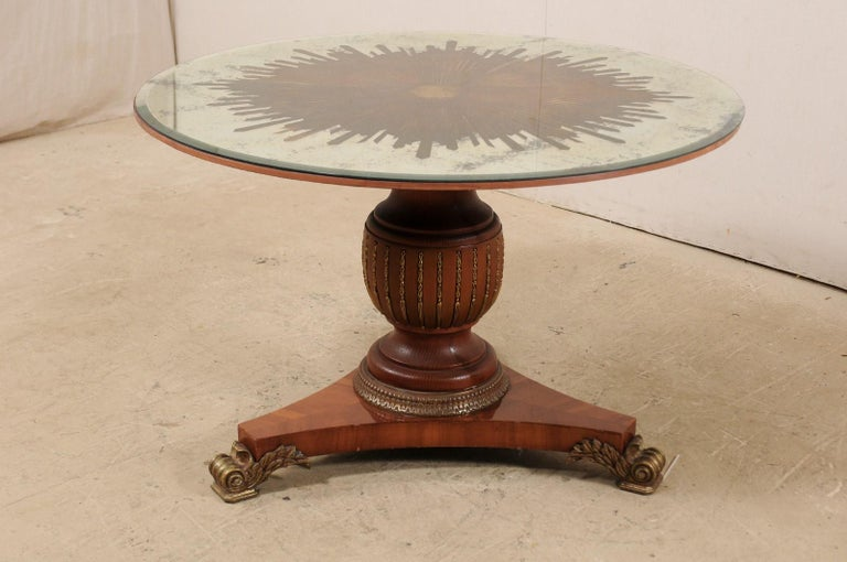 Custom Table with Verre Églomisé Sunburst Mirror Top over Carved Pedestal Base In Good Condition For Sale In Atlanta, GA
