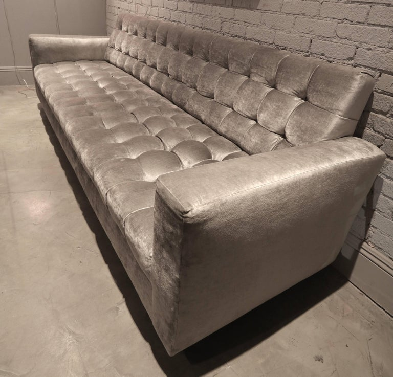 Custom Velvet Tufted Sofa In Excellent Condition For Sale In Los Angeles, CA