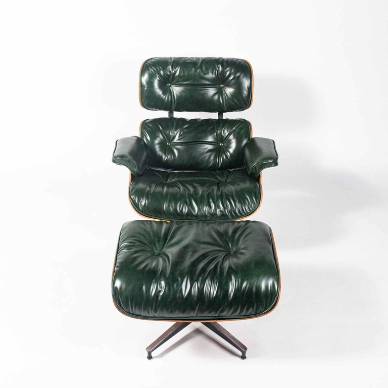 Mid-Century Modern Customed Order, 3rd Gen Eames Lounge Chair in British Racing Green Leather For Sale
