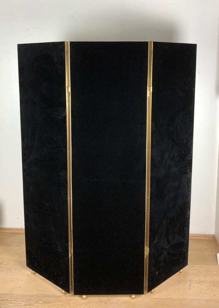 Customizable Art Deco Style Mirrored Three Panels Brass Frame Screen For Sale 7