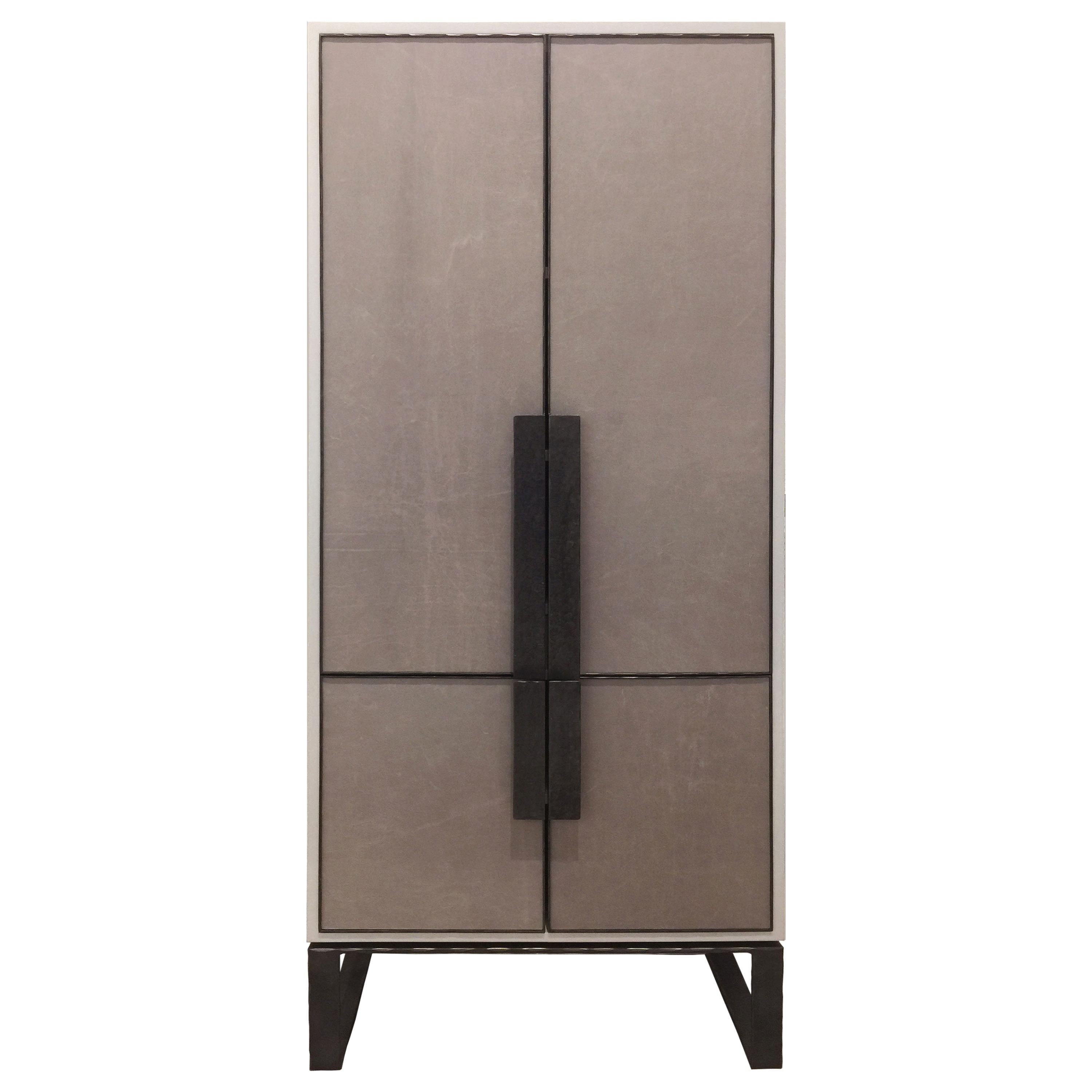 Customizable Chelsea Gray Leather Bar with Hammered Metal Base by Ercole