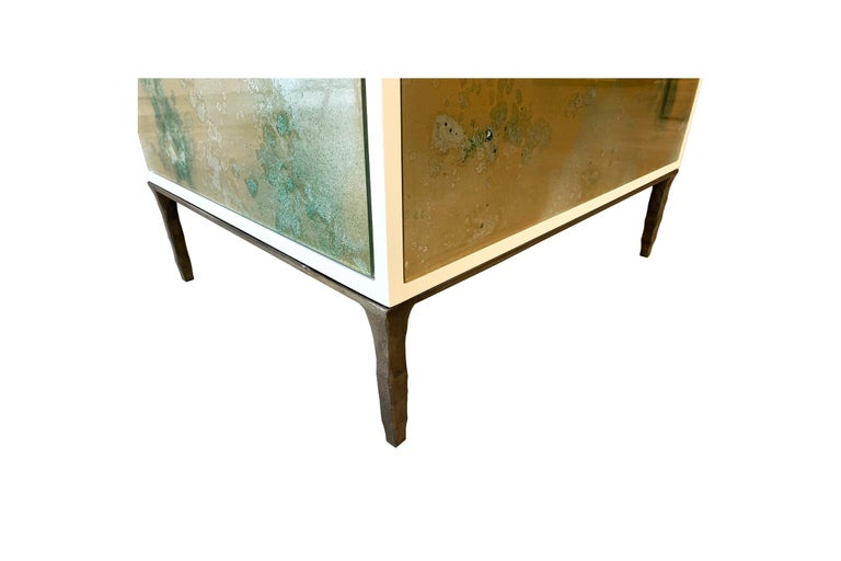 Hammered Customizable Contemporary Eglomise Glass Byzantine Gold Vanity by Ercole Home 2 For Sale