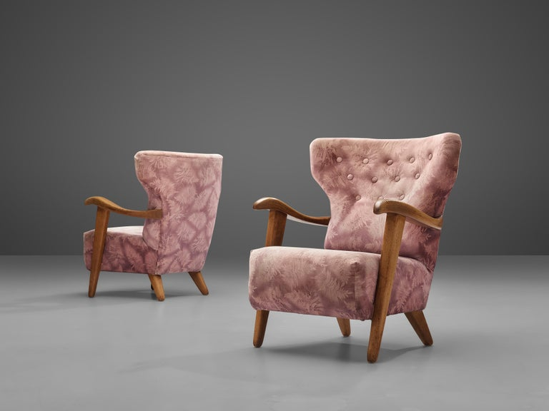 Customizable French Lounge Chairs in Oak and Fabric Upholstery In Good Condition For Sale In Waalwijk, NL