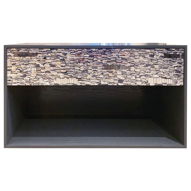 Customizable Gray Lacquered Ravenna Glass One-Drawer Nightstand by Ercole Home For Sale