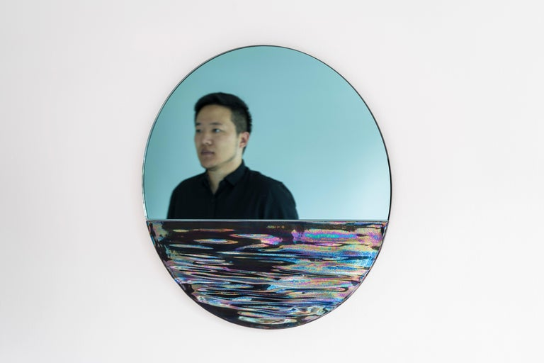 Part wall art, part functional decoration — Ocrùm's Chief Designer Sean Zhang got the inspiration by the horizon view of Como lake in north of Milan, Italy and Michigan lake in Chicago, United States, two cities where he both lived in before. After