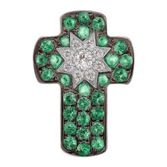 Customize Cross Tsavorite Diamond White Gold Pendant