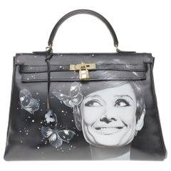 """Customized """"Butterflies by Kelly#47"""" on Kelly 35 cm handbag in black calfskin"""