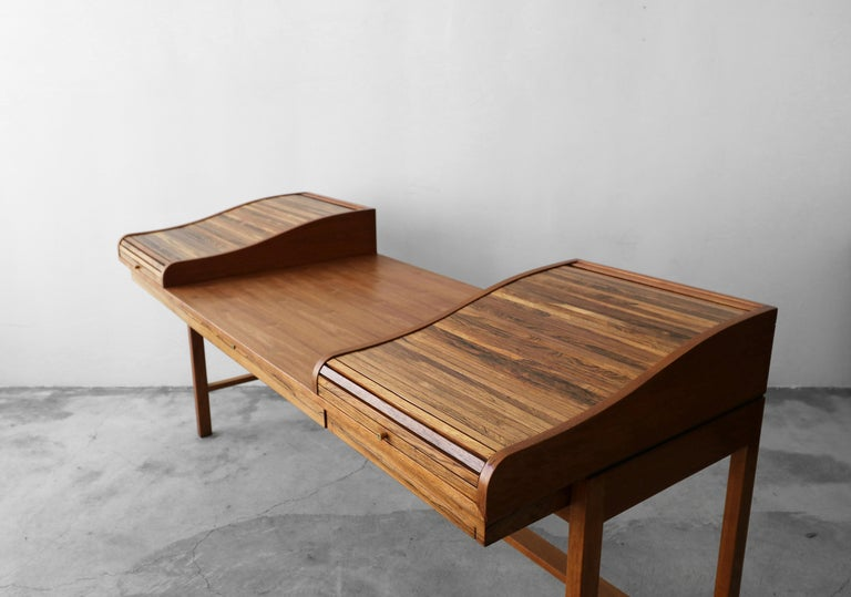 20th Century Customized Midcentury Rosewood and Walnut Desk by Edward Wormley for Dunbar