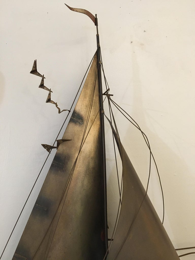 Cutis Jeré Brutalist Brass Sailboat Sculpture, 1977 In Good Condition For Sale In Nantucket, MA