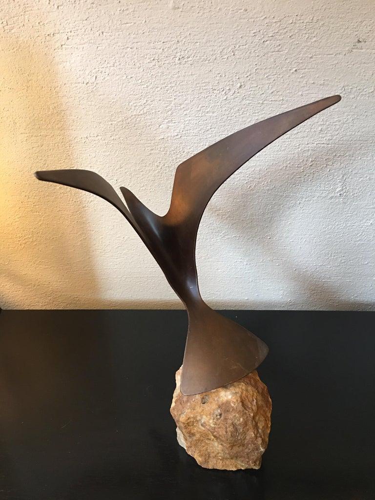 Cutis Jere Metal Seagull Sculpture 1