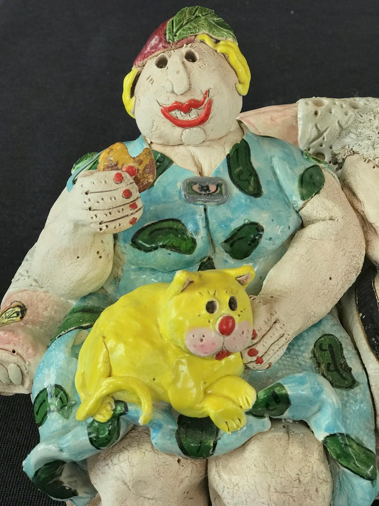 "Cynthia Hipkiss ""Four Ladies at Tea"" Five-Piece Ceramic Sculpture, 1987 For Sale 6"