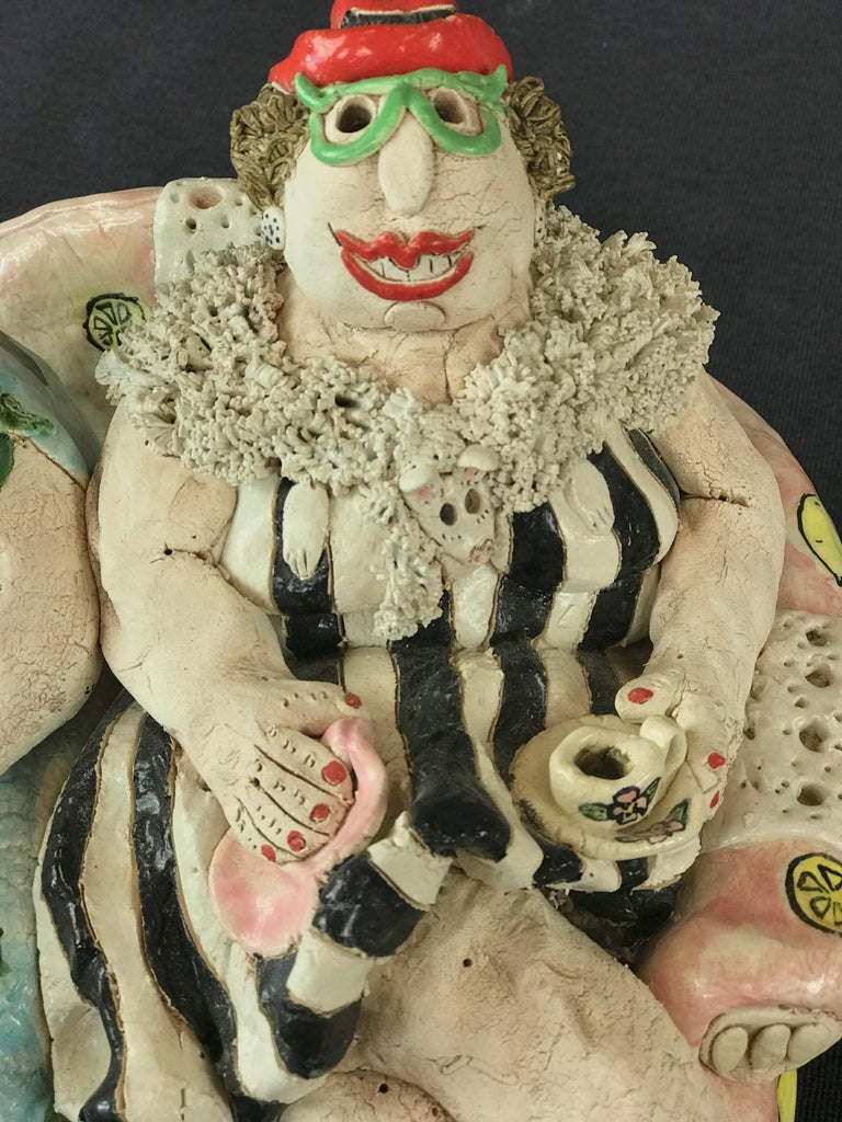 "Cynthia Hipkiss ""Four Ladies at Tea"" Five-Piece Ceramic Sculpture, 1987 For Sale 7"
